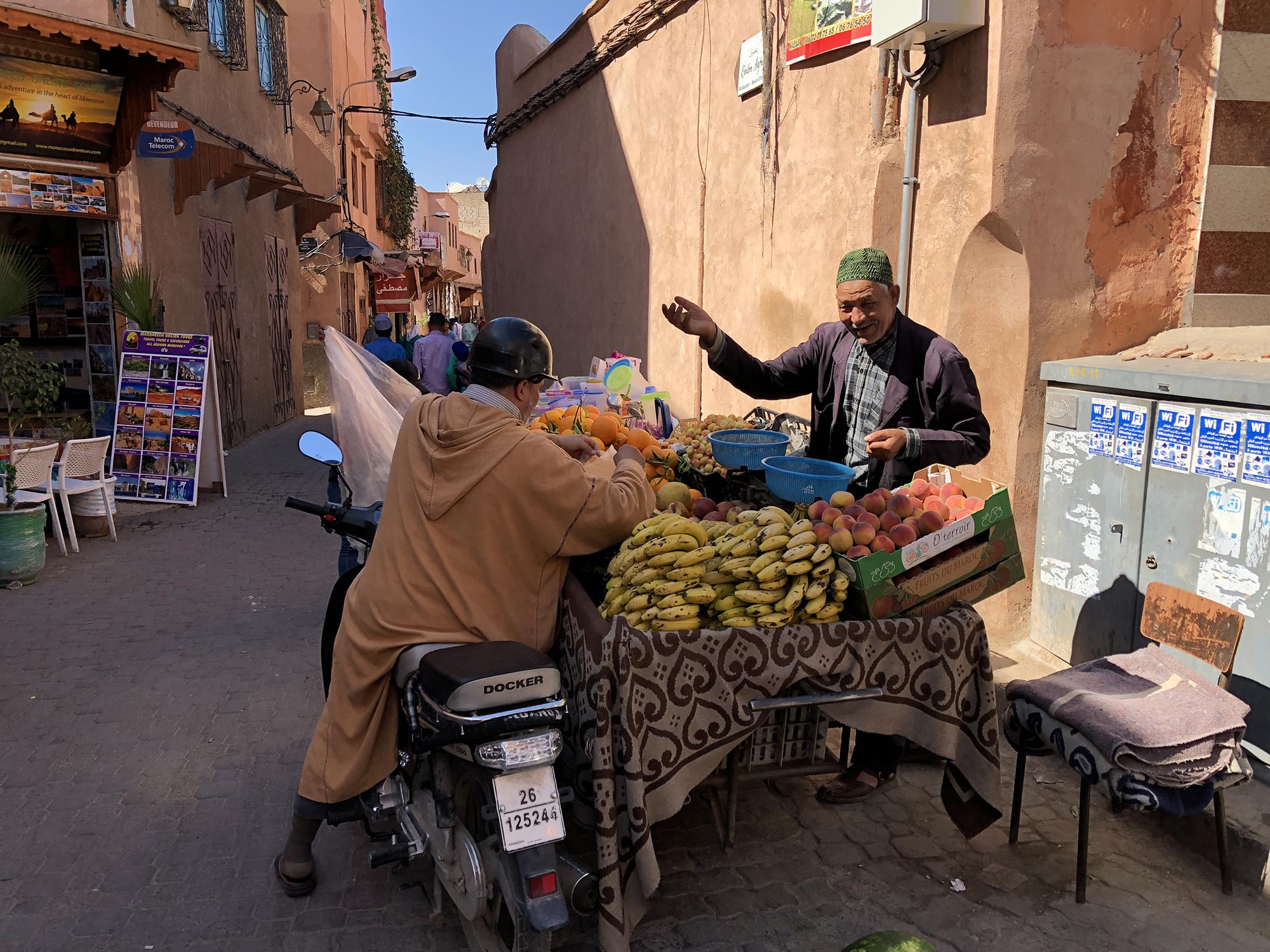 Marrakech Verkoper In De Medina